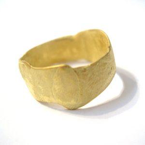 gold-ring bridget kennedy