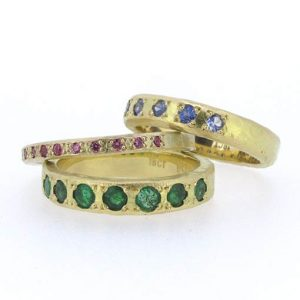 bridget-kennedy_pink__ceylon_sapp_and_emeralds_recycled_gold_ring_websize