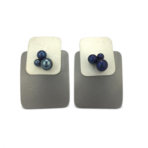 S-Murphy-titanium-square-earrings