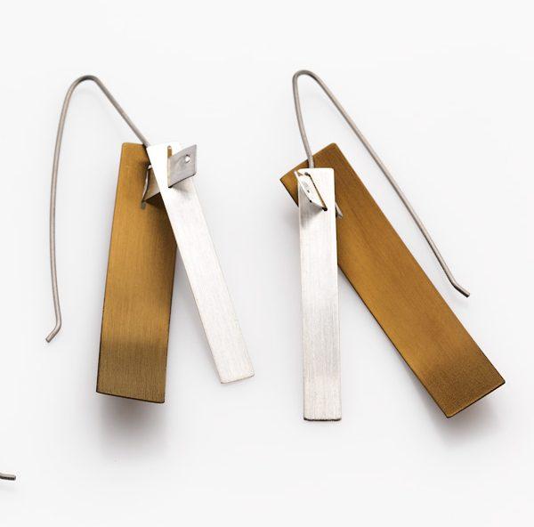 silver-gold-titanium-thread-earrings