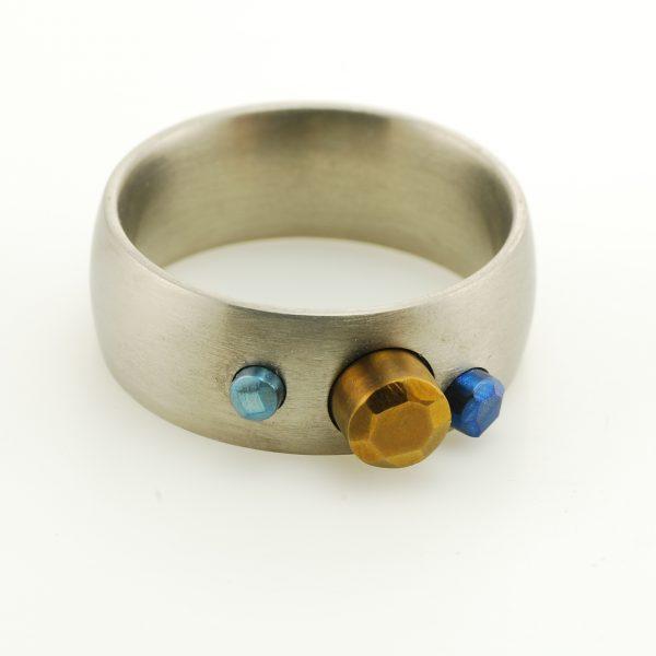 titanium-hand-made-ring
