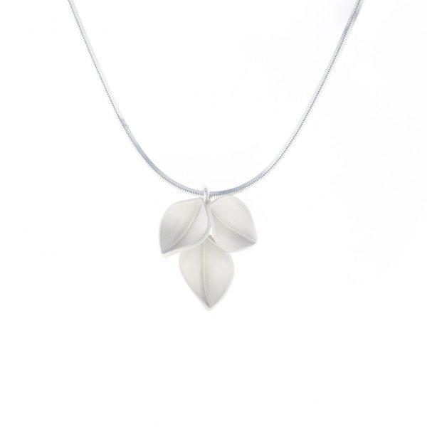 nicola-bannerman-silver-leaf-pendant
