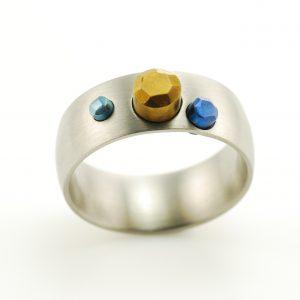 titanium-stones-hand-made-ring