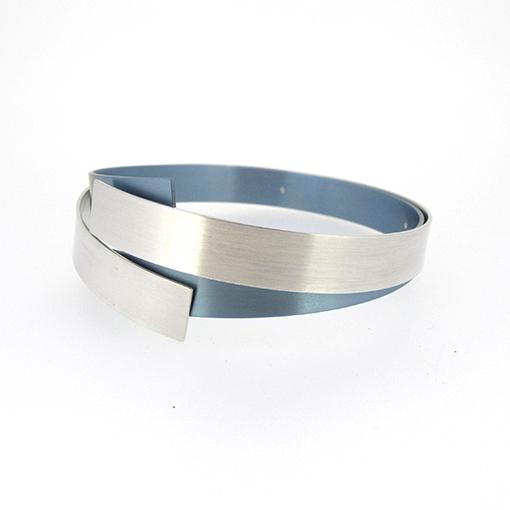 vanessa-williams-titanium-bangle-blue