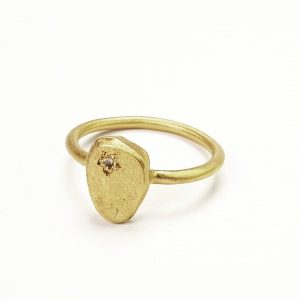 3059ff5db yellow gold and diamond signet ring