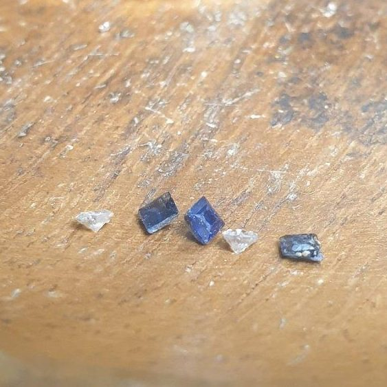 unsetting the gemstones -they needed a bit of a clean!